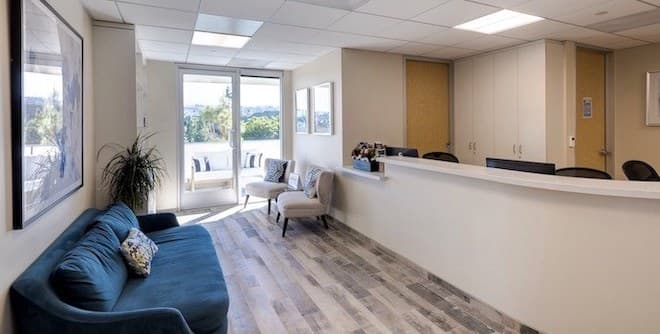 Southbay Plastic Surgeons office lounge